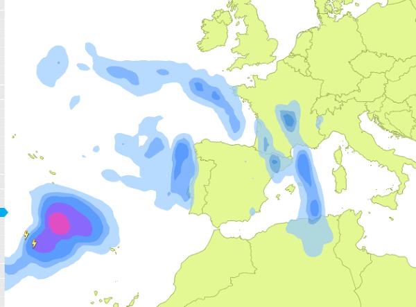 Nueva tormenta cerca Canarias, 21 abril