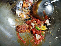 Stir frying with red chilly paste,red chilly sauce for lobster hot garlic sauce recipe