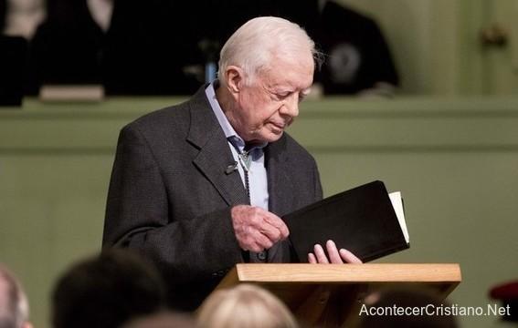 Ex presidente Jimmy Carter enseña la Biblia
