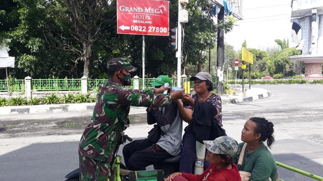 Dengan Cara Komsos Personel Jajaran Kodim 0207/Simalungun Lakukan Humanis Dengan Warga Binaan