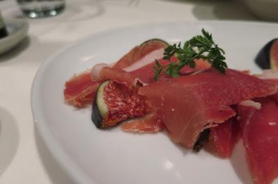 Gattopardo Ristorante di Mare, figs prosciutto di parma