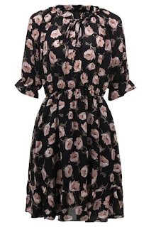 www.banggood.com/Casual-Women-Floral-Ruffle-Elastic-Waist-Chiffon-Mini-Dress-p-1055849.html?utm_source=sns&utm_medium=redid&utm_campaign=recenzije11&utm_content=chelsea