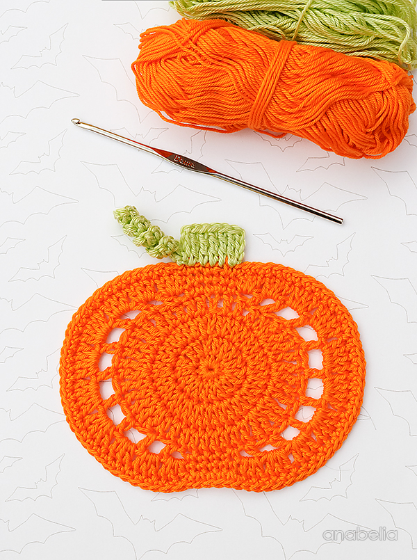 Crochet Pumpkin Coasters by Anabelia Craft Design