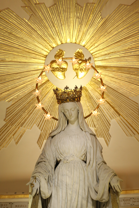Catequese com Contos 9 Quem bem servir a Virgem