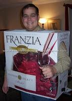 disfraz casero de caja de vino