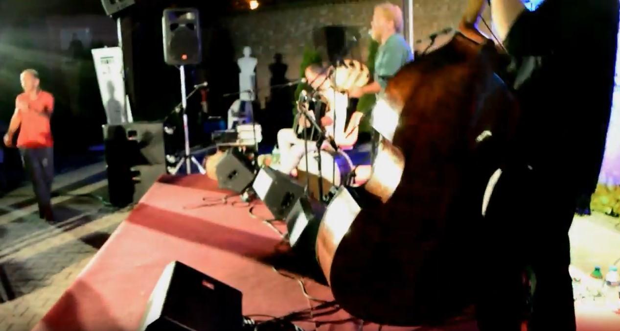 Συναυλία των Encardia στο Φεστιβάλ της Αυλής του Δήμου Καστοριάς