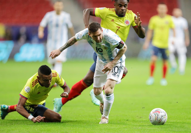 Thiago Silva vs Lionel Messi