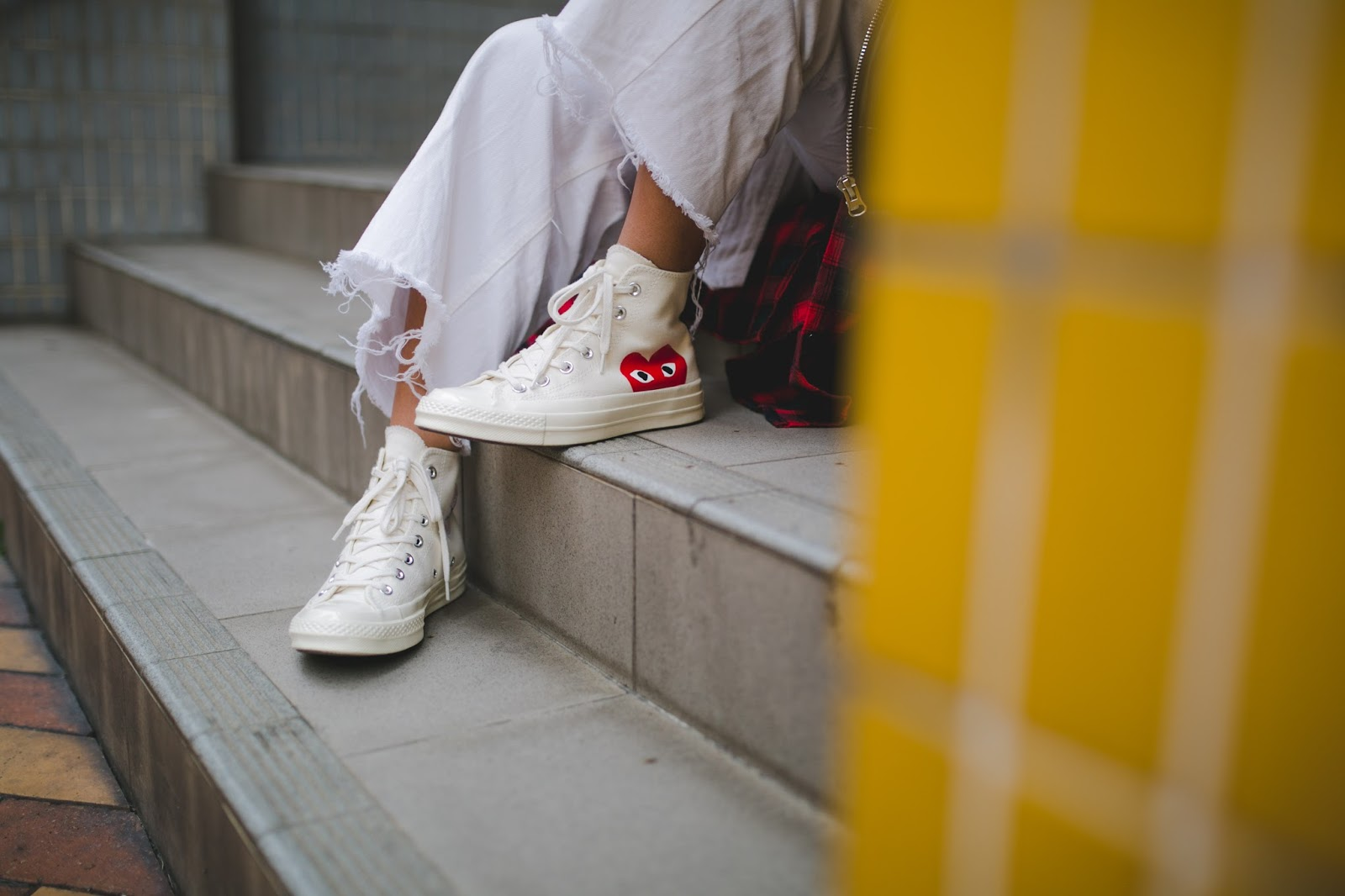 macau fashion blogger outfit comme des garcons play x converse sneakers