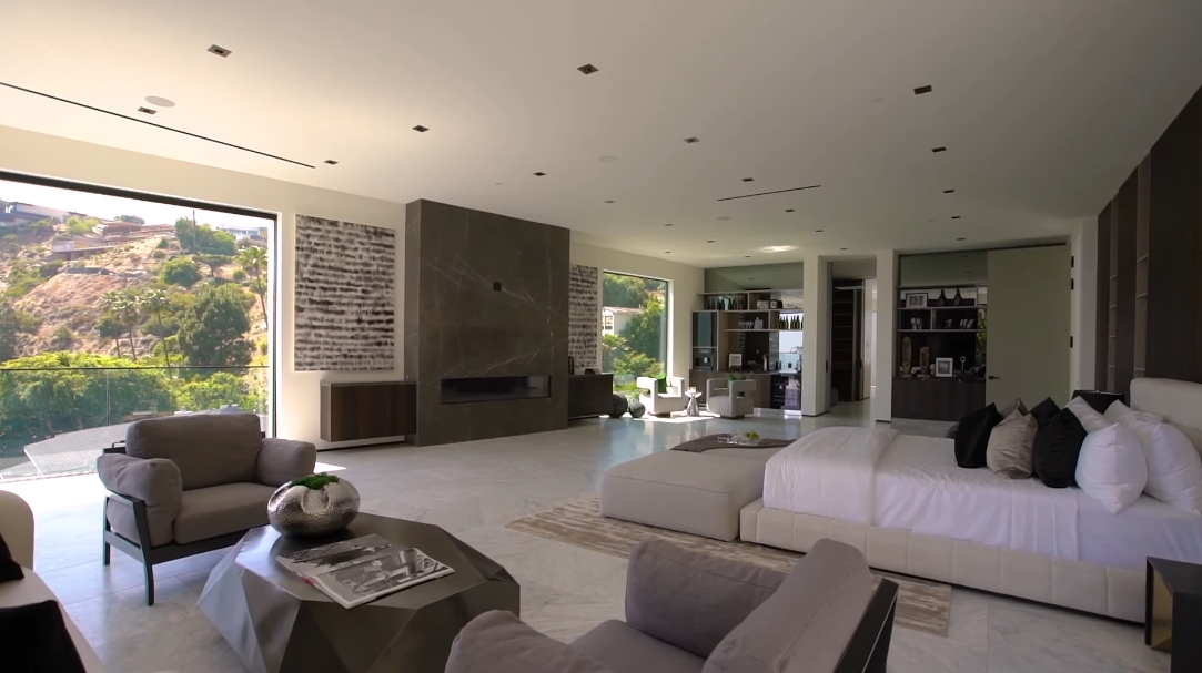 47 Interior Design Photos vs. 1706 N Doheny Dr, Los Angeles, CA Ultra Luxury Home Tour