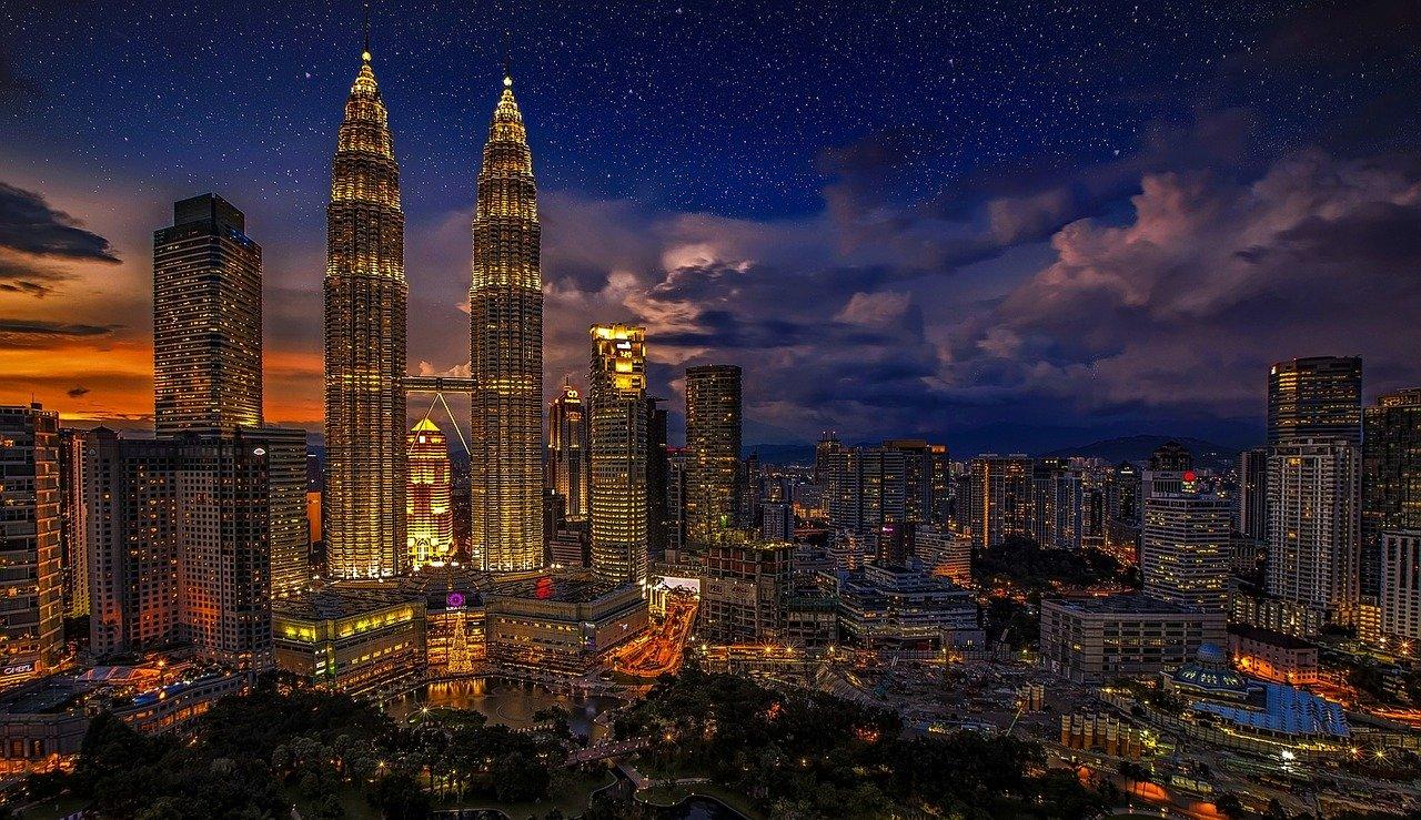 मलेशिया एक रोमांचक देश - 12 Interesting facts about Malaysia in Hindi