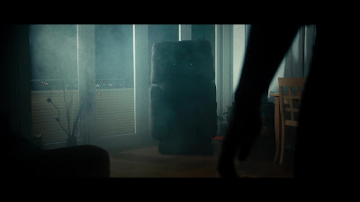 Killer Sofa screenshot - The mist-erious recliner stares into your soul.
