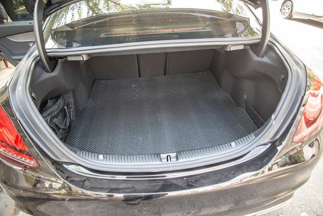 Thảm lót sàn cốp Mercedes C180