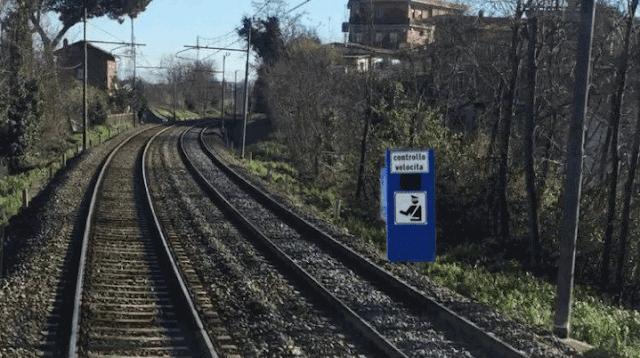 """Roma-Lido, Atac ai macchinisti: """"Non superate i 70 km/h"""""""