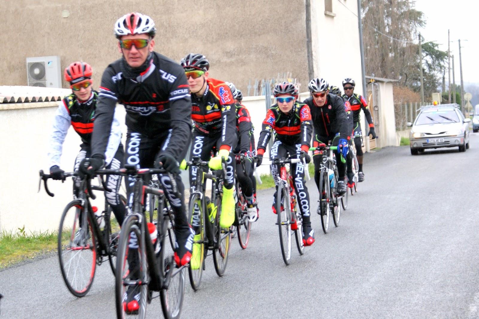 Union cycliste bellevilloise ucb paris nice 2016 tape for Garage peugeot paris nice belleville