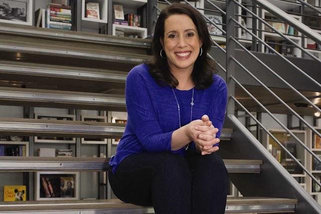 Quem é a autora da série Bridgerton? Julia Quinn