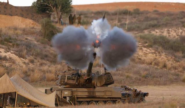 قصف مدفعي إسرائيلي لمواقع شمال وجنوب قطاع غزة