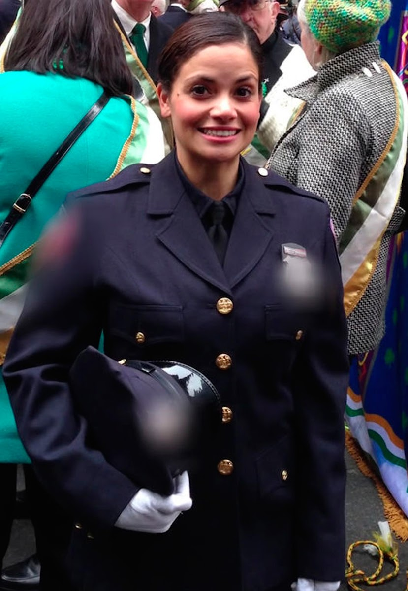 10 Photos of the best police in the world.  In # 2 and # 4 is naked?  to
