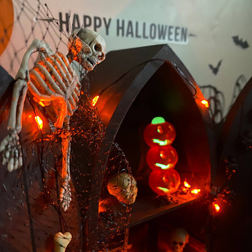 Halloween Diorama Box From Upcycled Display Shelf
