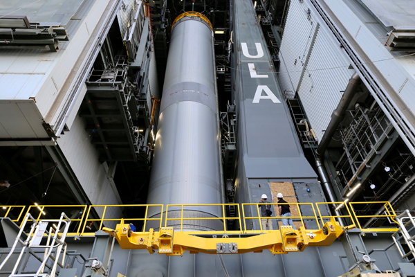 The Pathfinder Tanking Test (PTT) booster for the United Launch Alliance's (ULA) Vulcan Centaur rocket is placed atop its mobile launcher platform inside the Vertical Integration Facility (VIF) at Cape Canaveral Space Force Station (CCSFS) in Florida...on February 15, 2021.