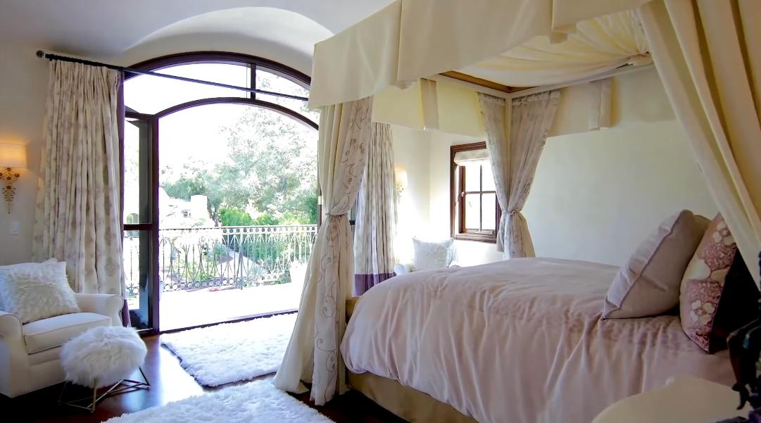 23 Interior Design Photos vs. 2084 E Valley Rd, Montecito, CA Luxury Home Tour