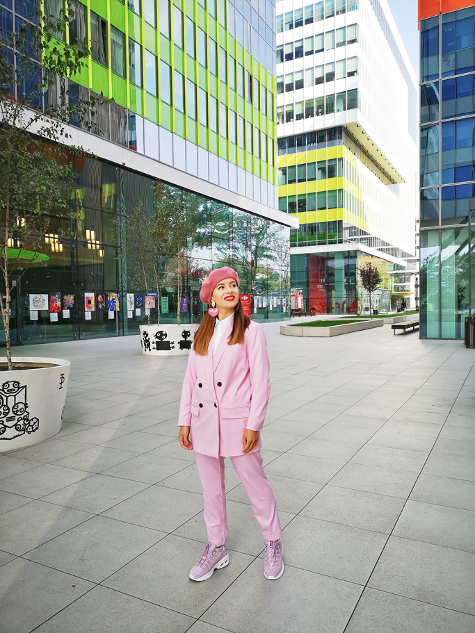 adina nanes costum roz
