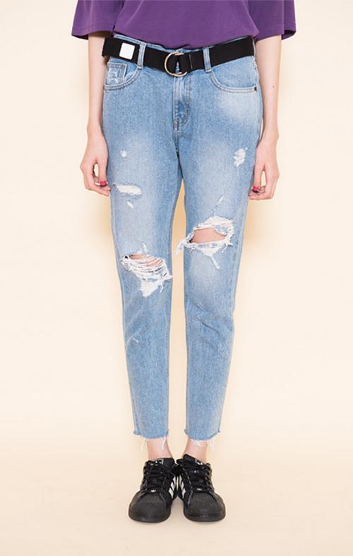 Vintage Wash Ripped Boyfriend Jeans
