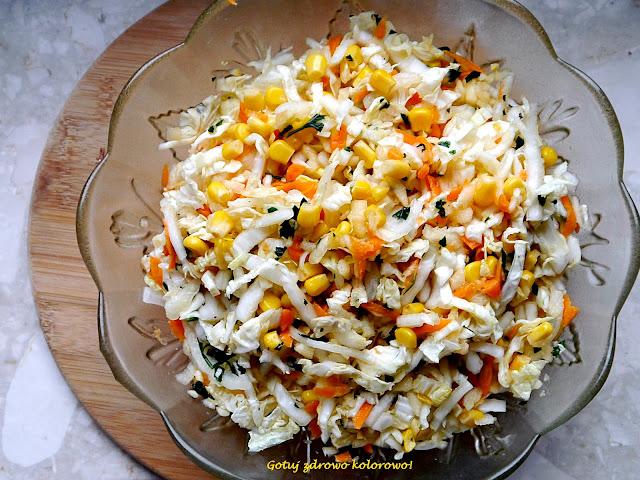 Surówka z kapusty pekińskiej i kukurydzy - fit - Czytaj więcej »