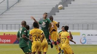 Imbang Lawan Persebaya, Semen Padang FC Kembali ke Dasar Klasemen