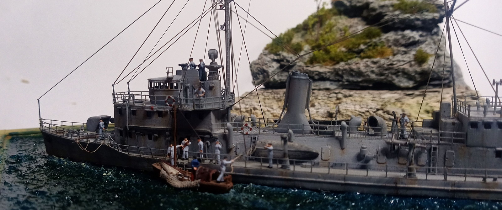 fushimi+gunboat+crew_3.jpg
