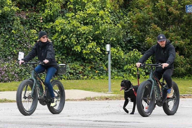 Robin Wright and Clement Giraudet Outside for Bike Ride in Santa Monica 27 Apr-2020