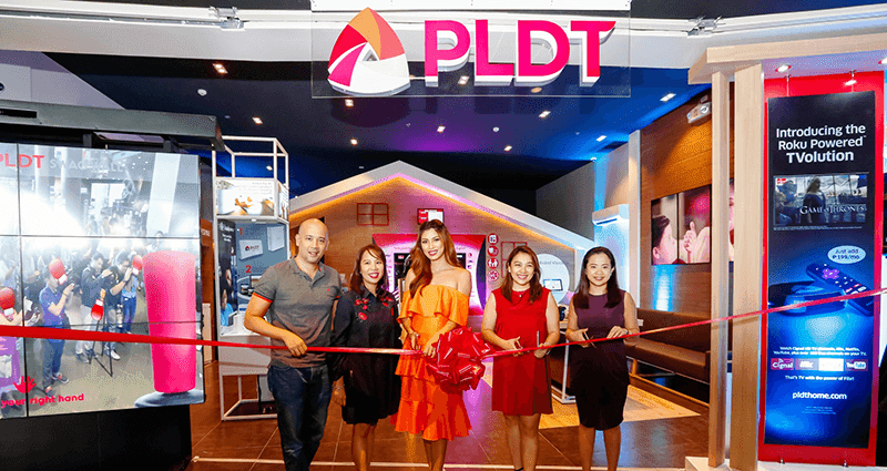 Ribbon cutting for the new PLDT SSC at Greenhills