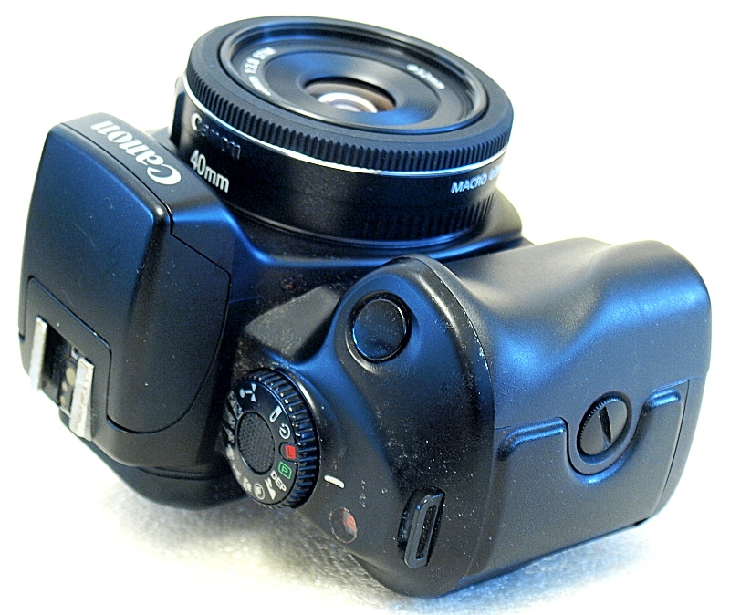 Canon EOS 700QD AF SLR Camera