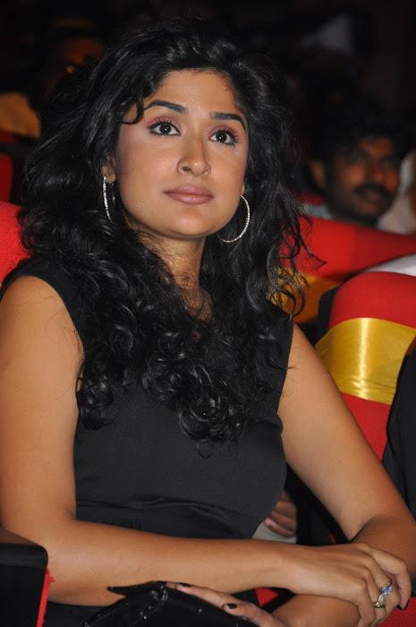 anjala zaveri at paruchuri awards, anjala zaveri phoots unseen pics