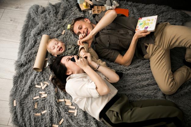 15 ideas inmejorables para jugar en casa con tus hijos e hijas (de 0 a 10 años de edad)