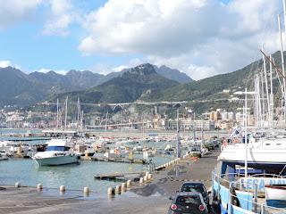 """Inaugurata al porto turistico di Salerno l'esposizione """"Luce ai Valori"""""""