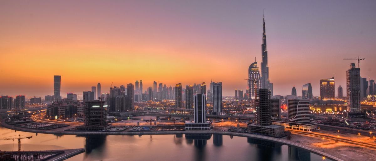 """حاكم دبي يُصدر قانوناً جديداً للإفلاس بعد انهيار شركة """"أبراج"""" المفاجيء"""