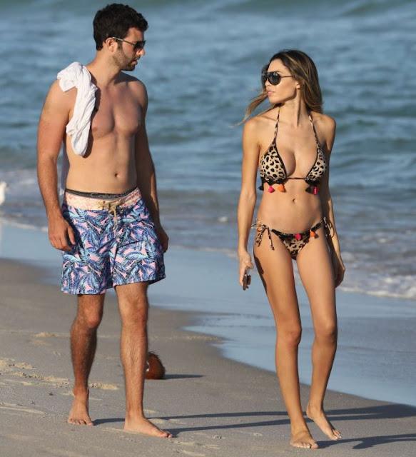 Jasmine Tosh in Bikini on Miami Beach