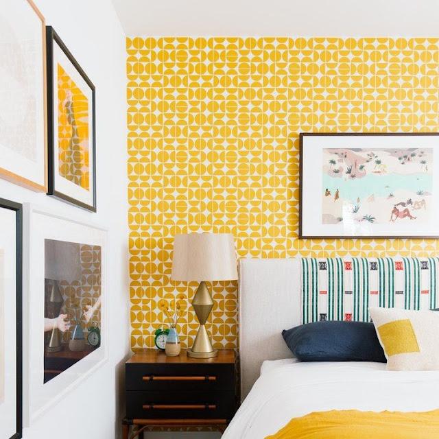 Wallpaper Dinding Kamar Tidur Remaja Perempuan Warna Kuning