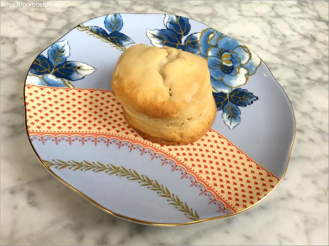 Ruta Gastronómica por Salem: Scones en Jolie Tea Company