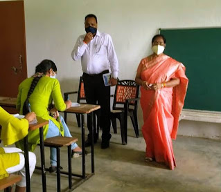 जौनपुर, गाजीपुर के छह महाविद्यालयों में अचानक पहुंची कुलपति, परीक्षाओं का किया निरीक्षण | #NayaSaberaNetwork