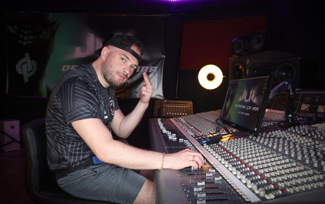Photo de Jul en studio