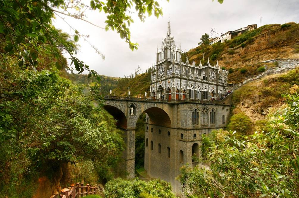 Las+Lajas+Sanctuary+Church+Colombia+Santuario+9.jpg (1005×664)