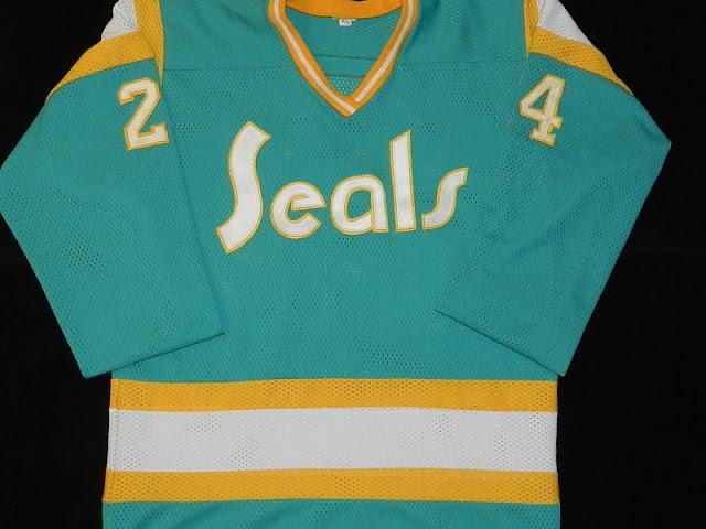 Vintage Hockey Jerseys – MY Collection 0efc742cedd