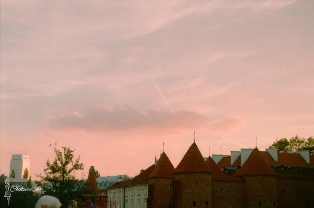 Stare Miasto, Warszawa, barbakan, dachy