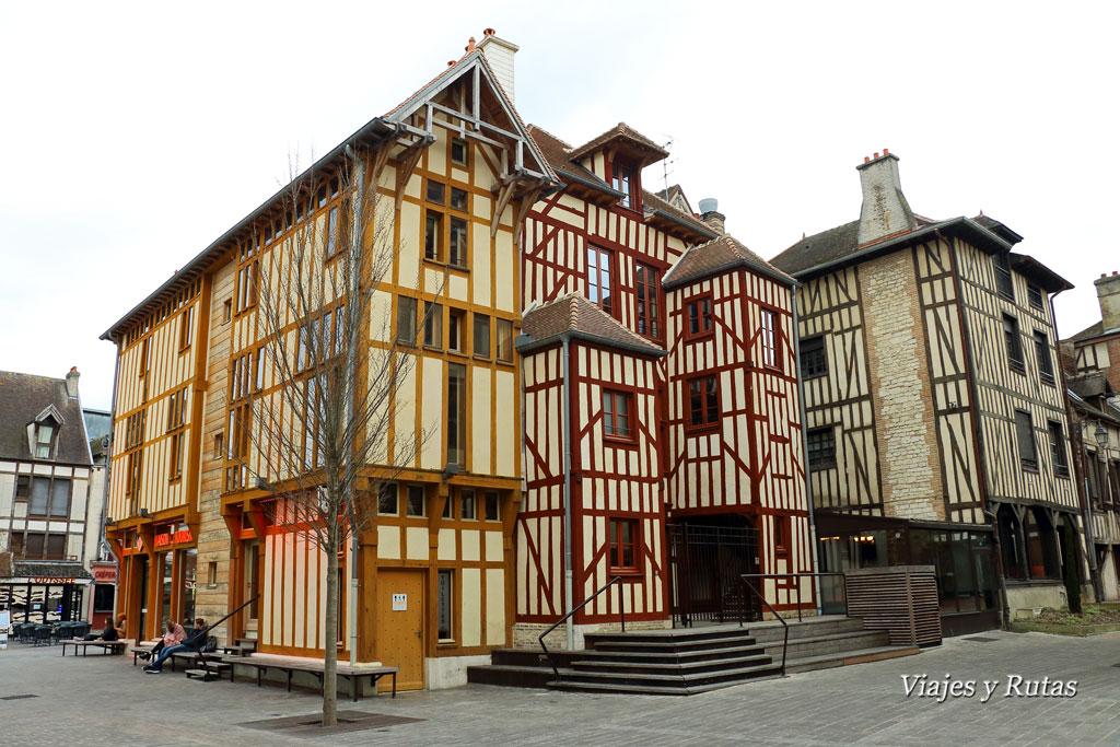 Troyes-Rue-Aristide-Briand