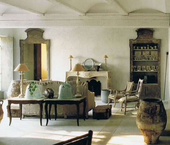 Quiet, luxurious, and charming, these French Country, French farmhouse, and European country interior design moments will take your breath away.