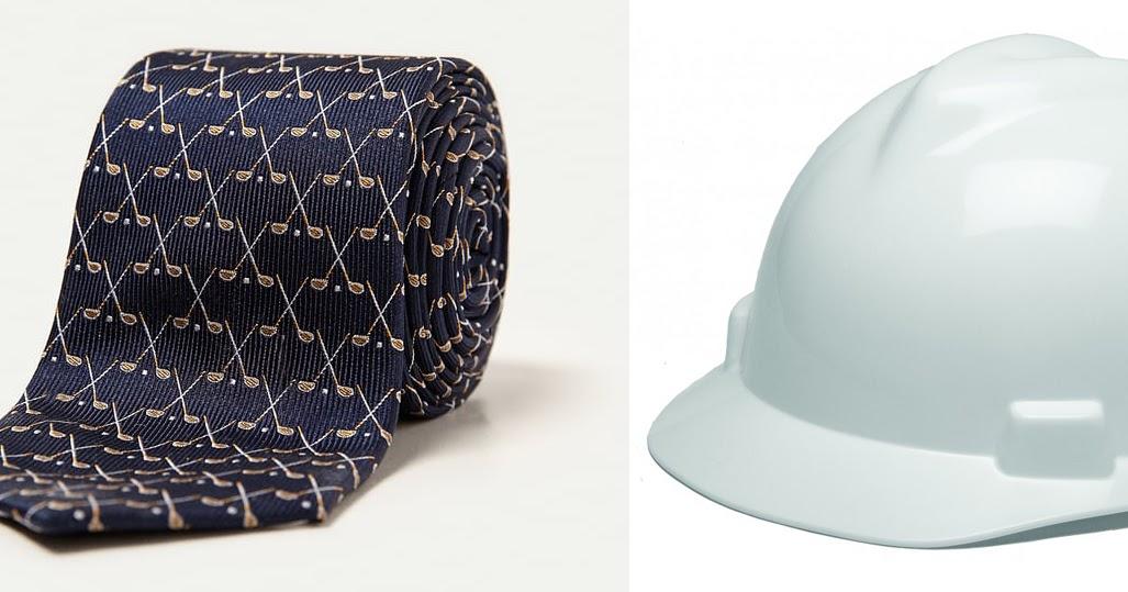Corbata y casco