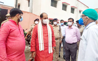प्रभारी मंत्री ने जिला अस्पताल व थाना लाइन बाजार का किया औचक निरीक्षण | #NayaSaberaNetwork