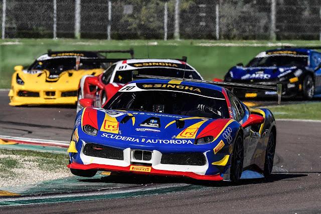 Challenge Series in Imola, vier Ferraris auf der Rennstrecke
