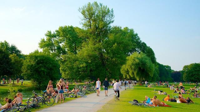 Englischer Garten em Munique